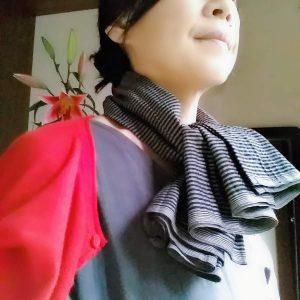 TAKSU AMANATをスカーフに