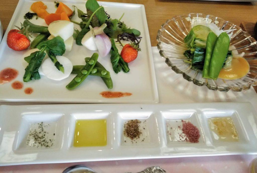 自然農の野菜料理